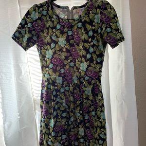 🌸 LuLaRoe Amelia Dress